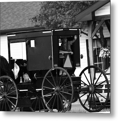 Black And White Amish Buggy Metal Print by Dan Sproul
