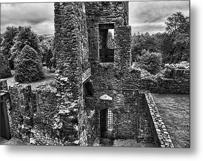 Black And White Castle Metal Print