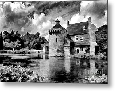 Scotney Castle In Mono Metal Print