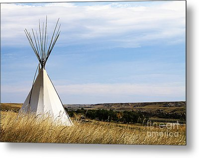 Metal Print featuring the photograph Blackfoot Teepee by Alyce Taylor