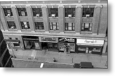 Metal Print featuring the photograph Bloomfield Avenue by Philomena Zito