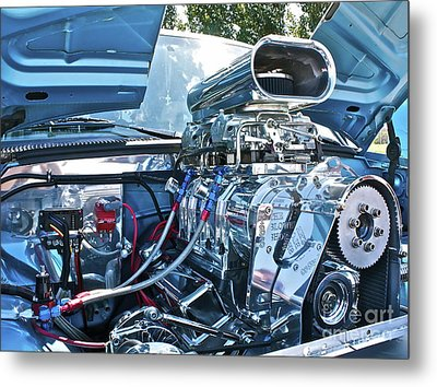 Metal Print featuring the photograph Blower Shop by Linda Bianic