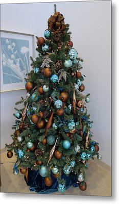 Metal Print featuring the photograph Blue And Gold Xmas Tree by Richard Reeve