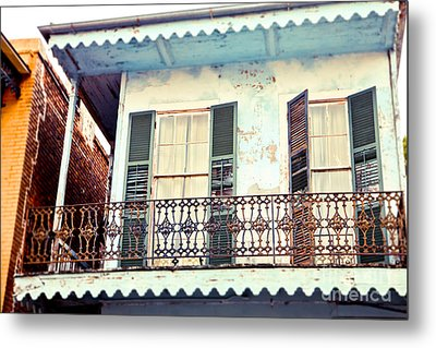 Metal Print featuring the photograph Blue And Yellow House by Sylvia Cook