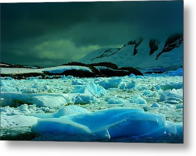 Metal Print featuring the photograph Blue Ice Flow by Amanda Stadther