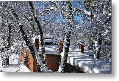 Blue Sky-white Snow Metal Print by Tom Mansfield