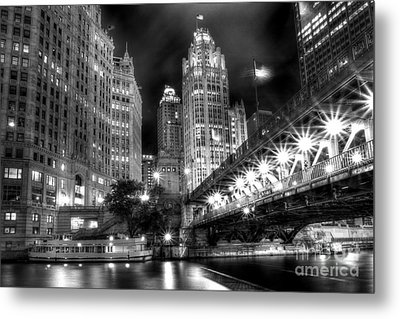 Boat Along The Chicago River Metal Print