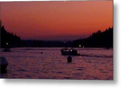 Boaters Red Sky At Night Oregon Metal Print by Susan Garren