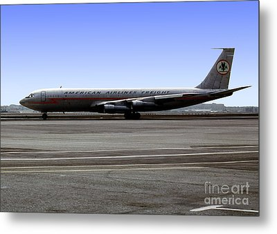 Boeing 707 American Airlines Freight Aal Metal Print by Wernher Krutein