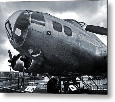Boeing Flying Fortress B-17g  -  02 Metal Print by Gregory Dyer
