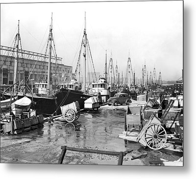 Boston Fishermen On Strike Metal Print by Underwood Archives