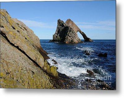 Bow Fiddle Rock In Scotland Metal Print by John Kelly