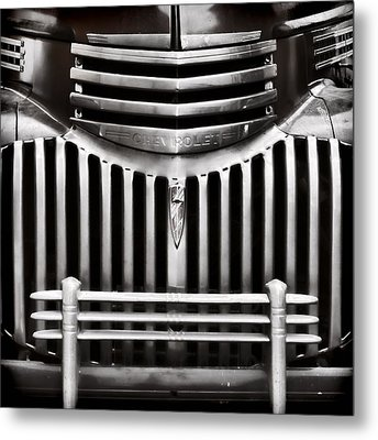 Bowtie Lines Metal Print by Ken Smith