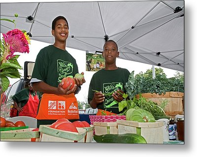 Boys At A Farmers Market Metal Print by Jim West