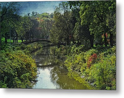 Bradley Park Japanese Bridge 05 Textured Metal Print