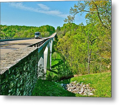 Bridge Over Birdsong Hollow At Mile 438 Of Natchez Trace Parkway-tennessee Metal Print by Ruth Hager