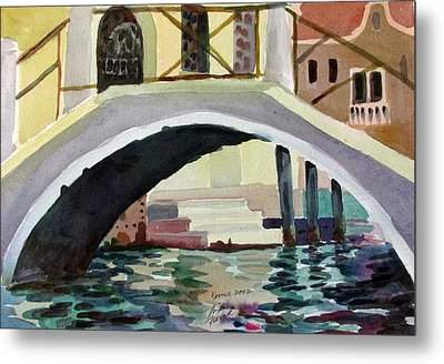 Bridge Reflections Venice Metal Print by Linda Novick