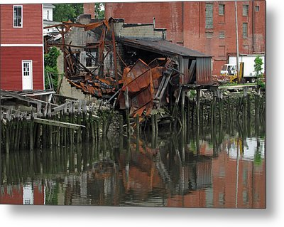 Bridgeport 3 Metal Print by Steve Breslow