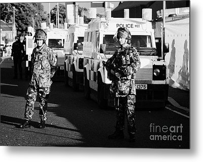 British Army Soldiers With Psni Landrovers On Crumlin Road At Ardoyne Shops Belfast 12th July Metal Print
