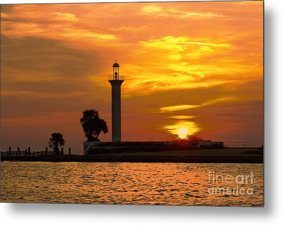 Broadwater Lighthouse Metal Print by Maddalena McDonald
