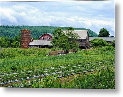 Broken Barn Metal Print by Kenneth Feliciano