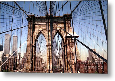 Metal Print featuring the photograph Brooklyn Bridge Before 9/11/01 by Steven Spak