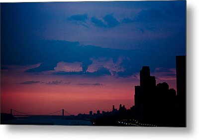 Brooklyn Bridge Sunrise Metal Print by Sara Frank