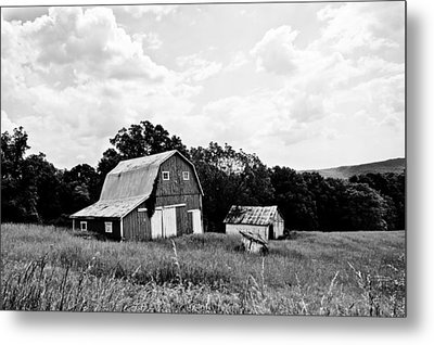 Brown County Barn II Metal Print by Off The Beaten Path Photography - Andrew Alexander