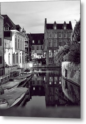 Bruges Canal In Black And White Metal Print