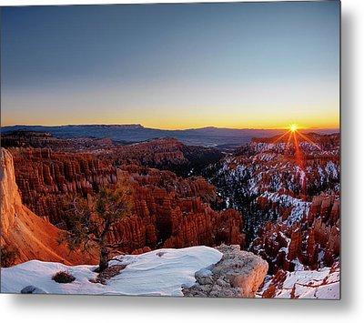 Bryce Canyon Sunrise Metal Print by Leland D Howard