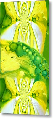 Bubbleicious Metal Print by Robert Kernodle
