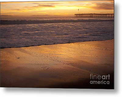 Bubbles On The Sand With Ventura Pier  Metal Print