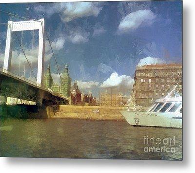 Budapest Elisabeth Bridge Metal Print by Odon Czintos