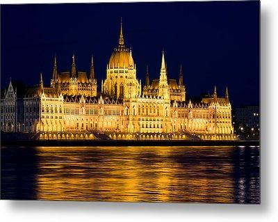 Budapest Parliament At Night Metal Print by Artur Bogacki