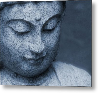 Buddha Statue Metal Print by Dan Sproul