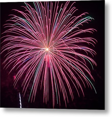 4th Of July Fireworks 24 Metal Print by Howard Tenke