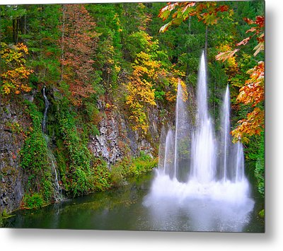 Butchart Waterfall And Fountain-- Metal Print