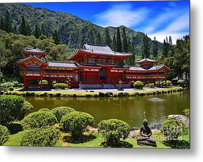 Byodo-in Temple On The Island Of Oahu Hawaii Metal Print by Aloha Art