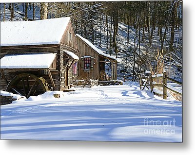 Cabin Fever Metal Print by Paul Ward