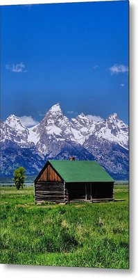 Cabin In The Mountains Metal Print by Dan Sproul