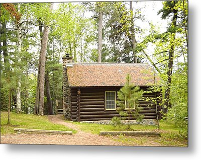 Cabin In The Woods Metal Print by Dacia Doroff