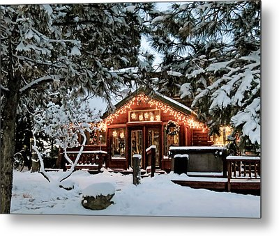 Cabin With Christmas Lights Metal Print