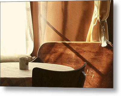 Metal Print featuring the photograph Cafe by Colleen Williams