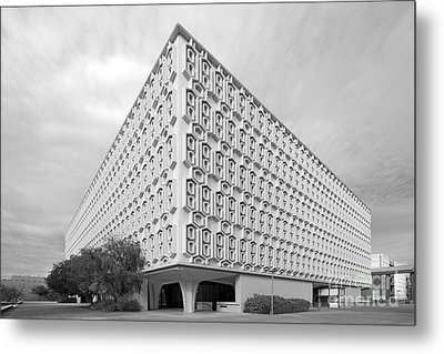 Cal State University Pollak Library Metal Print by University Icons