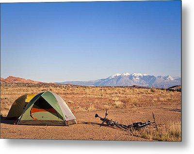 Camping In The Desert Metal Print
