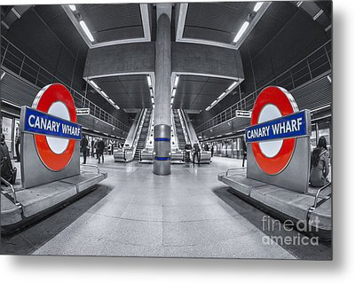 Canary Wharf Metal Print by Evelina Kremsdorf