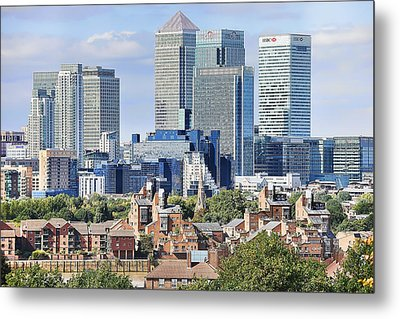 Metal Print featuring the photograph Canary Wharf by Gouzel -