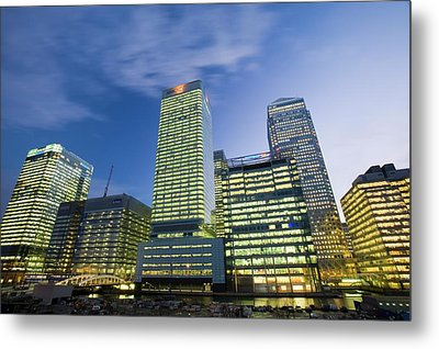 Canary Wharf In London Uk Metal Print by Ashley Cooper
