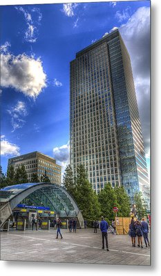 Canary Wharf Station London Metal Print by David Pyatt