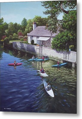 Canoeing On The River Avon Christchurch Uk Metal Print by Martin Davey